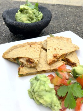 california, avocado, guacamole, salsa, mexican food, appetizer, dip, sauce, nutrition, blogger, vegan, glutenfree, healthy, plant based, dairy free, recipe, fitness